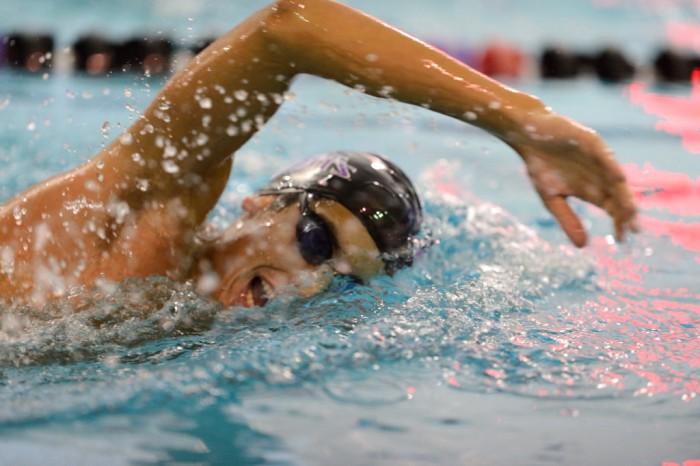 Becas y ayudas de natación